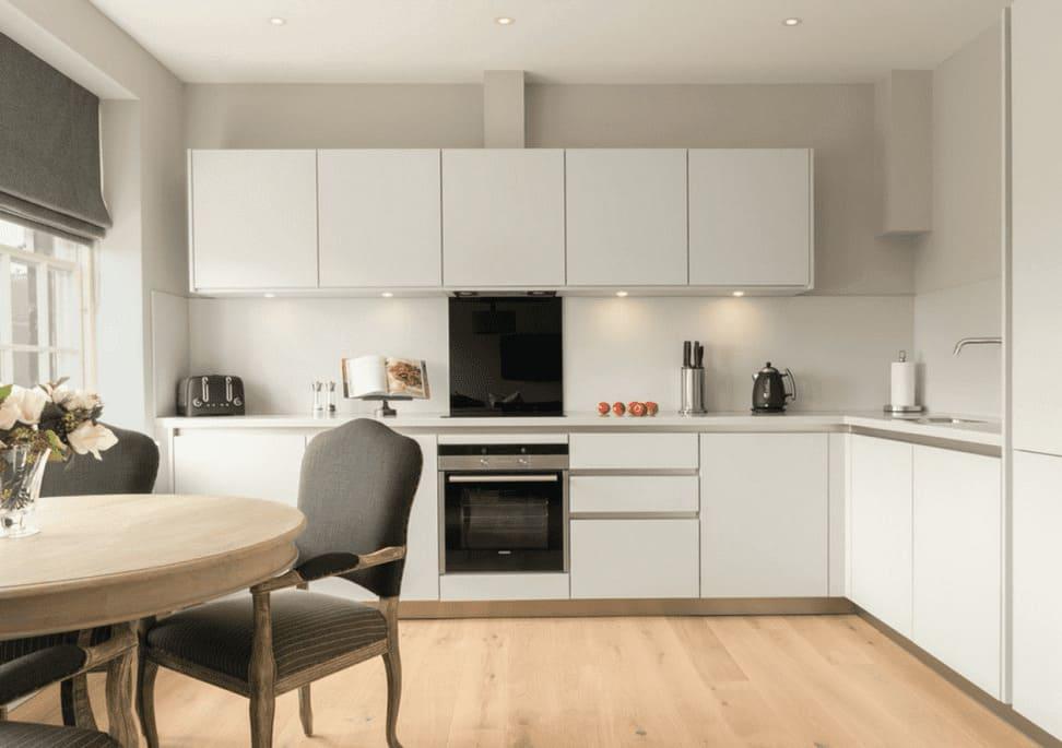 L-образный кухонный гарнитур